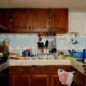 Monólogos - Cocina con azulejos celestes