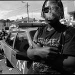 Rockeros mortales como cualquiera. Fotografías de Paco Salazar, texto Esteban Michelena.